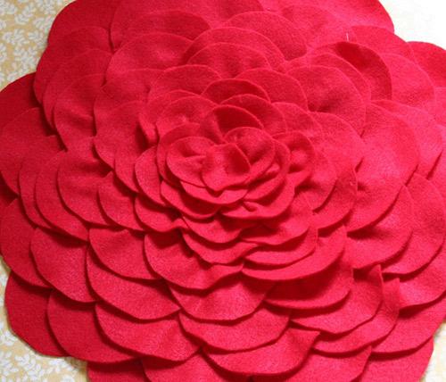 tu lam goi hoa hong trang tri phong khach - 12
