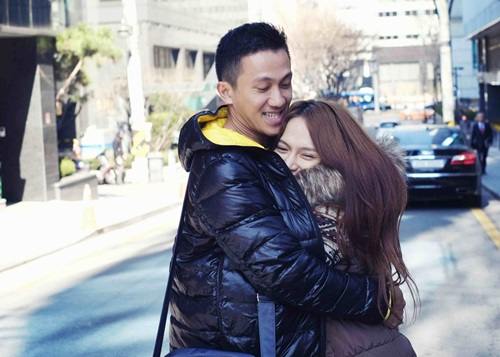 huong giang idol lang man hon ban trai tren duong pho - 4