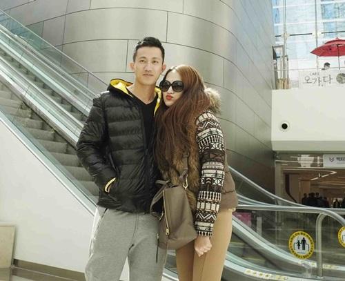 huong giang idol lang man hon ban trai tren duong pho - 7