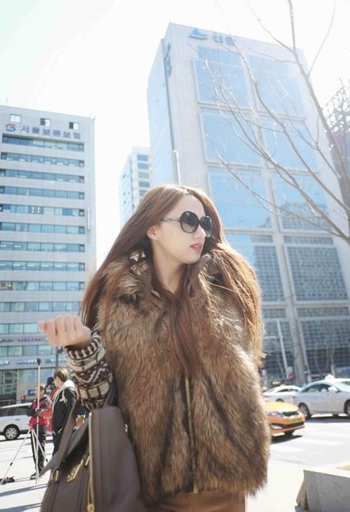 huong giang idol lang man hon ban trai tren duong pho - 9