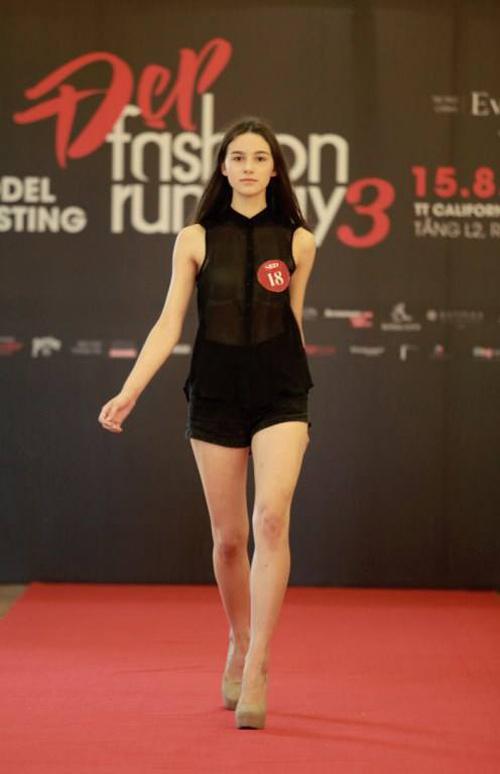 khoi dong hao hung cung dep fashion runway 4 - 2