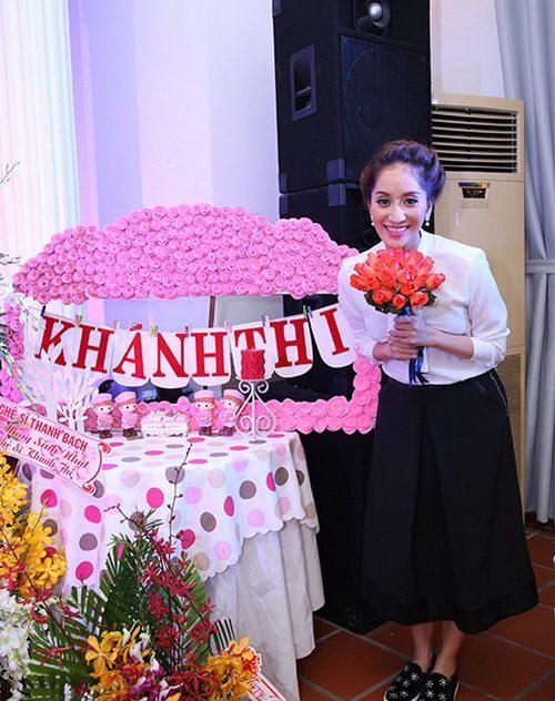 "khanh thi bi ""dong thai"" giua nghi an lo anh cuoi - 1"