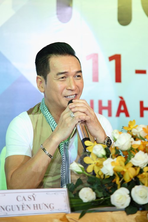 nguyen hung ve nuoc lam liveshow tang me - 2