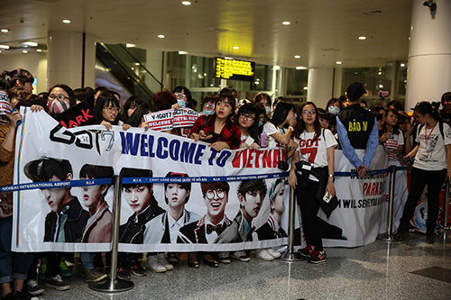 """rung"" fans viet don teen top, block b, got7 den ha noi - 1"