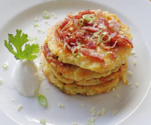 pancake khoai tay don gian cho bua sang - 8