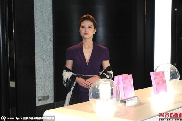 "chong trieu vy toi ""canh chung"" vo dong phim - 9"