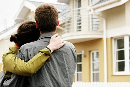 Nỗi khổ của người vợ lúc nào cũng sợ già hơn chồng-1