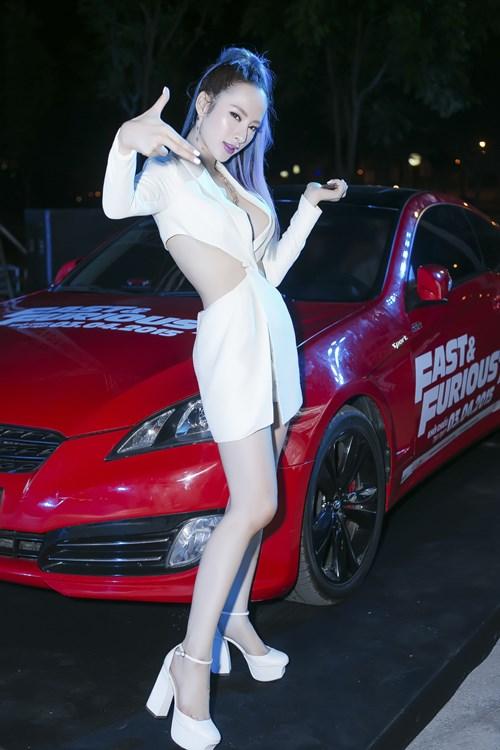 angela phuong trinh ho bao gay on ao tai su kien - 6