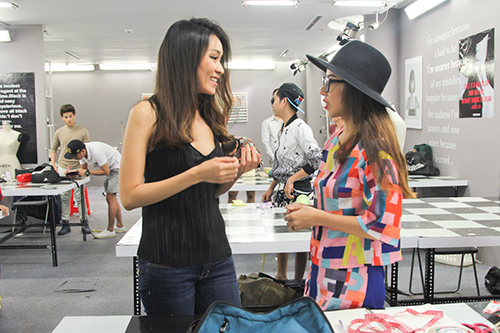 "project runway tap 3: ""hot girl"" hai yen bi loai vi gay that vong - 2"