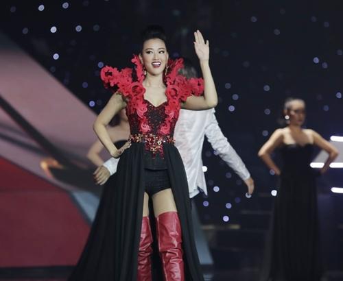 """the remix 2016: hoang thuy linh, huong tram """"dot chay"""" san khau - 12"""