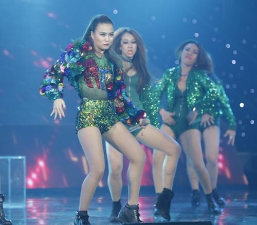 """the remix 2016: hoang thuy linh, huong tram """"dot chay"""" san khau - 17"""