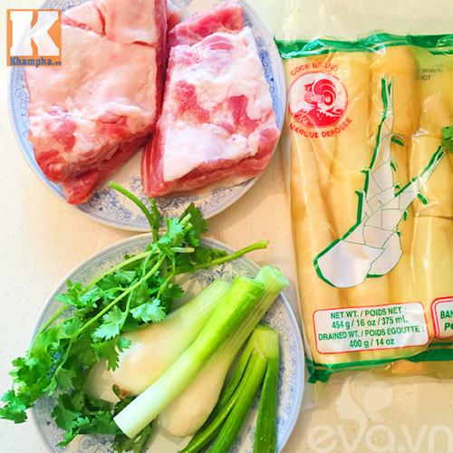canh mang tuoi suon nong hoi an kem bun - 1