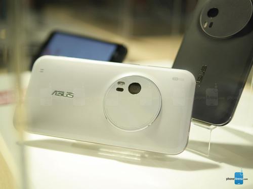 Asus ZenFone Zoom: Smartphone zoom quang 3x giá 399 USD-5