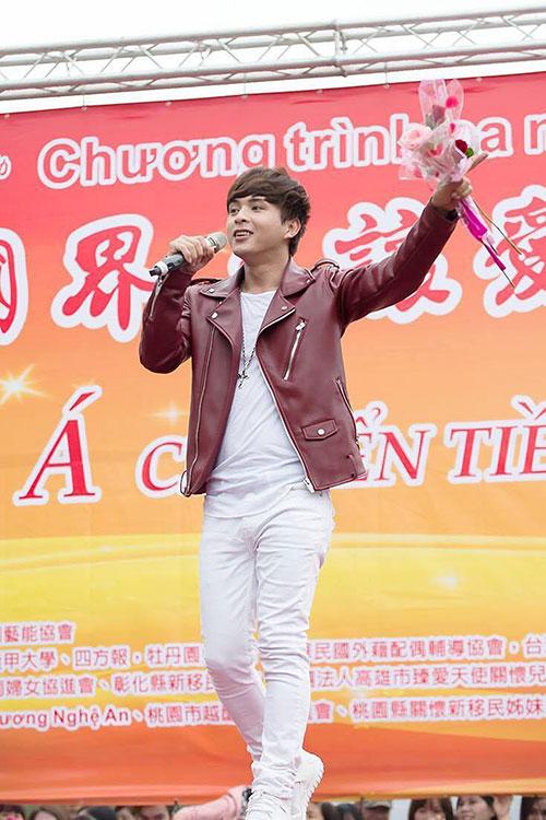 luc luong bao ve met nhoai vi fan cuong ho quang hieu - 1