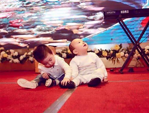 """tuan hung tuong """"nga quy"""" vi nhung scandal nam 2015 - 3"""