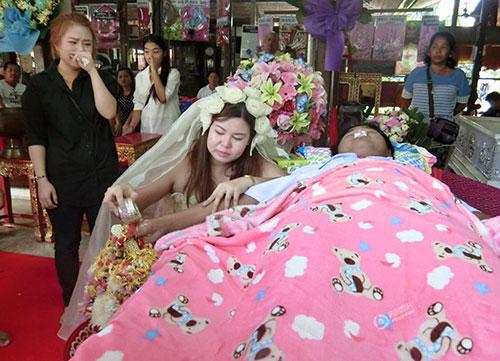 8x Thái Lan quyết kết hôn với bạn trai đã chết-2
