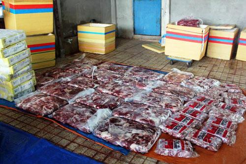 Gần 3 tấn thịt trâu nhúng hóa chất thành thịt bò-1
