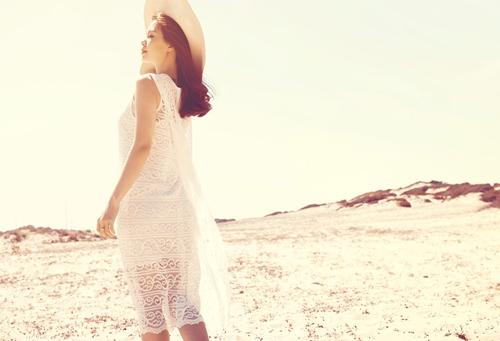 Á hậu Diễm Trang gợi cảm khó cưỡng sau đám cưới xa hoa-14