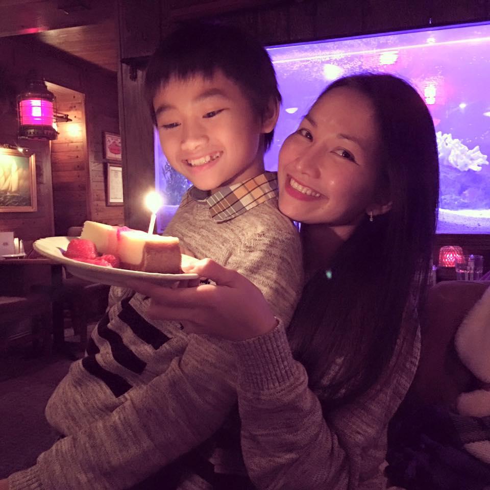 Kim Hiền đón sinh nhật ấm áp bên chồng con-4