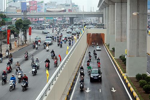 Thông xe hầm chui giao lộ 4 tầng đầu tiên ở Hà Nội-8