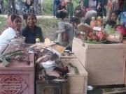 Pháp luật - Chuyện ly kỳ mùa cải táng: Kỳ lạ tục chôn chung của người J'rai