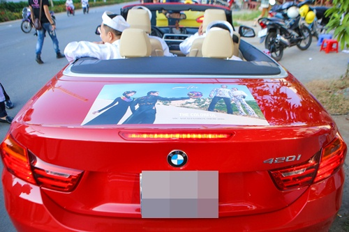Ông xã Vân Trang đưa dàn siêu xe đi rước dâu-2