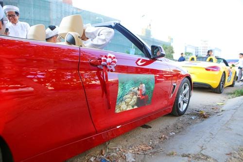 Ông xã Vân Trang đưa dàn siêu xe đi rước dâu-3