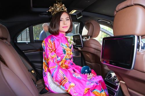 Ông xã Vân Trang đưa dàn siêu xe đi rước dâu-10