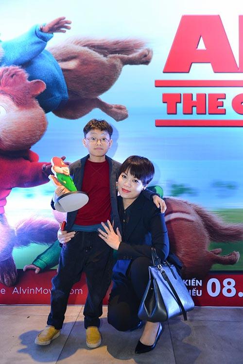 Hàn Khởi thân thiết bên bé Thanh Mỹ dự họp báo phim-11