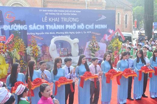 Đường sách đầu tiên Việt Nam được khánh thành-1