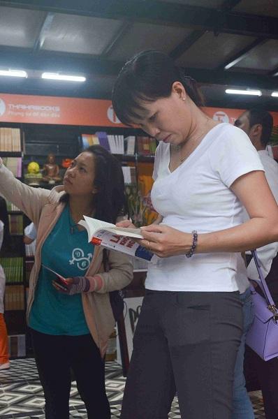 Đường sách đầu tiên Việt Nam được khánh thành-8