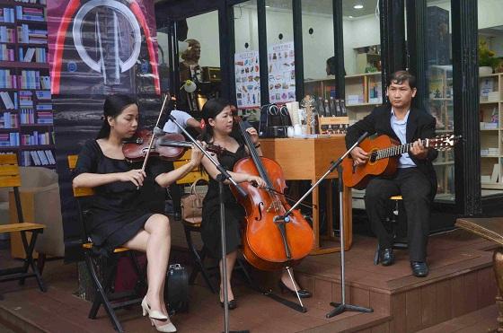 Đường sách đầu tiên Việt Nam được khánh thành-15
