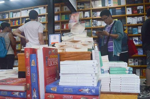 Đường sách đầu tiên Việt Nam được khánh thành-11