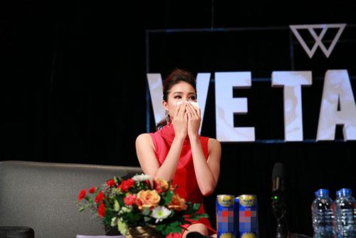Phạm Hương khóc khi nghĩ về cuộc thi HHHV-9