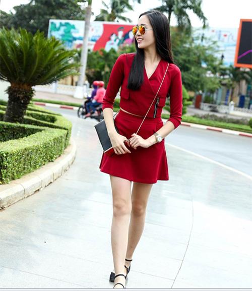 kieu ngan - thu an khoe dang chuan tren pho - 1