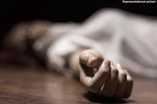 Ai Cập: Bị chồng chém chết vì quá ham mê Facebook .-1
