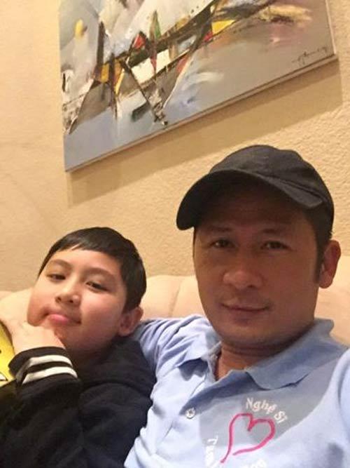 """Lan Khuê được MC Phan Anh quỳ gối """"cầu hôn""""-10"""