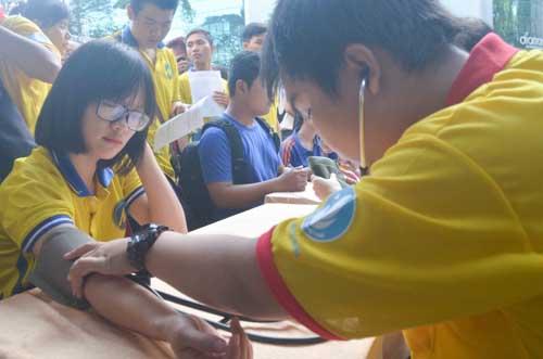 TP.HCM: Sôi nổi chiến dịch Xuân tình nguyện 2016-13