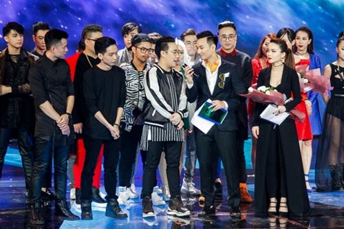 the remix 2016: noo phuoc thinh dan dau, trung quan bi loai - 15
