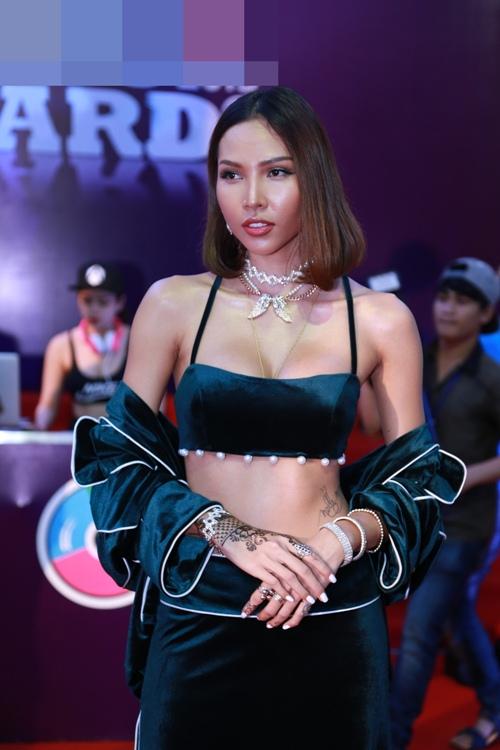 pham huong dep nhu nu than lan at moi my nhan - 11