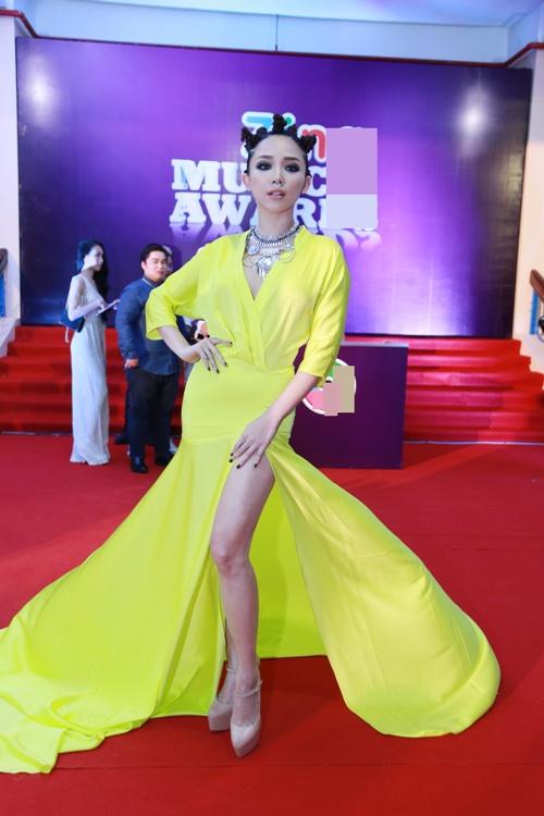 pham huong dep nhu nu than lan at moi my nhan - 6