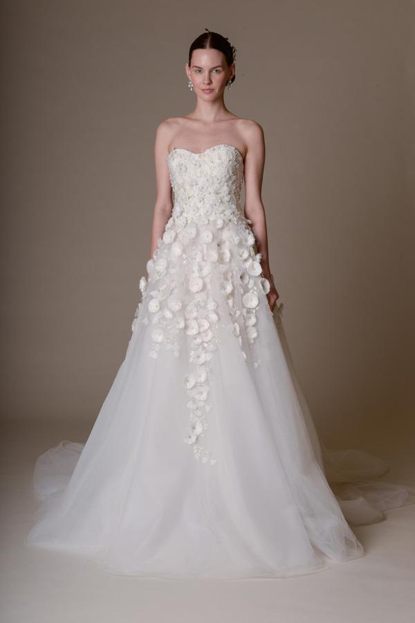 Tiết lộ 10 kiểu váy cưới chàng rể nào cũng mê-2