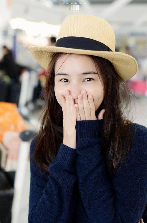 "aom sushar manaying - my nhan ""chan ngan"" tai nang xu chua vang - 4"