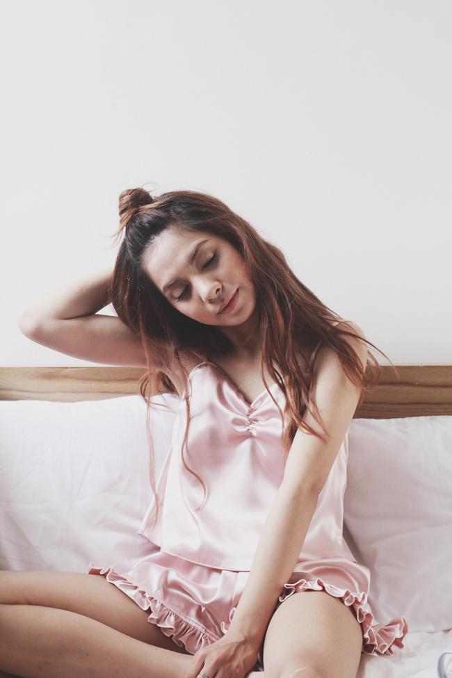 Teela là nữ nhân vật chính trong MV Mơ của Vũ Cát Tường đã trở thành một cơn bão trên mạng xã hội với những khung hình lung linh được quay ở Đà Lạt.