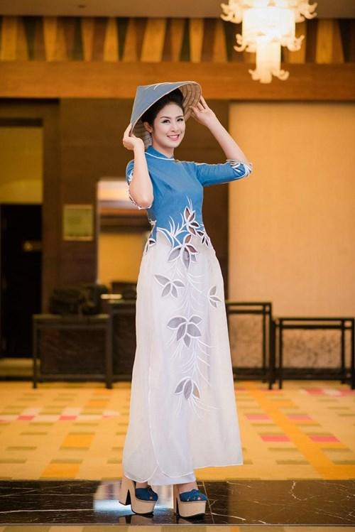 Hoa hậu Ngọc Hân đẹp nhất khi mặc áo dài-14