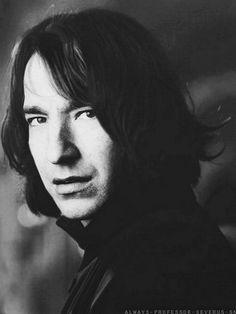 """Alan Rickman - Một đời yêu như """"Thầy Snape""""-1"""