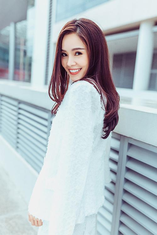 Dương Cẩm Lynh gợi ý chọn váy đẹp du xuân-10
