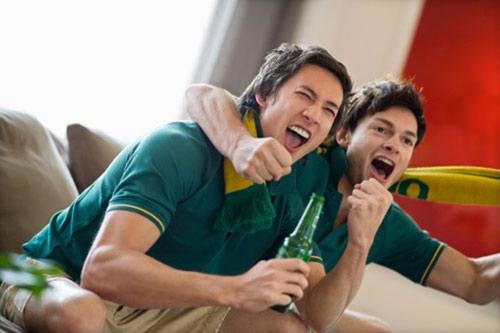 Đừng nhắc chồng không uống rượu, hãy nhắc chồng không say...-1
