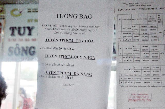 """tp.hcm: """"ngoi tren dong lua"""" khi dat ve xe tet qua mang - 4"""