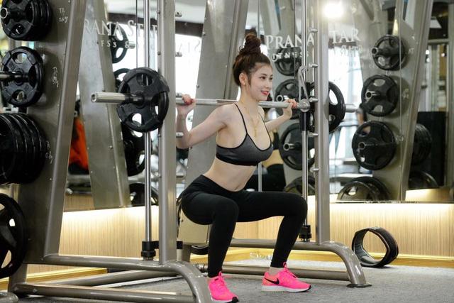 Ngắm 'nữ thần phòng gym' có thân hình chuẩn như tạc-3